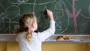 Druck auf Kinder und Schulen wird größer