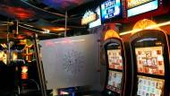 Harte Linie gegen illegales Glücksspiel