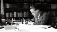Roman einer Zeit: Bernard von Brentano am Schreibtisch