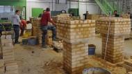 In Stein gehauen: Das Berufsbildungs- und Technologiezentrum in Weiterstadt, eine Ausbildungsstätte des Handwerks