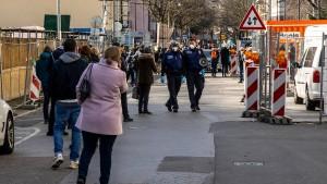 Hessens Sozialminister rechnet mit Infektionshöhepunkt gegen Ostern