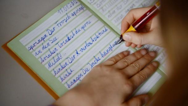Lehrerverbände kritisieren neue Deutsch-Regeln