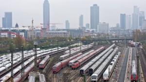 Züge könnten in Hessen schnell wieder normal fahren