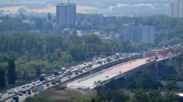 Erste Hälfte der neuen Schiersteiner Brücke im November frei