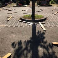 Verwüstet: Der Darmstädter Friedhof mit den umher geworfenen Holzkreuzen