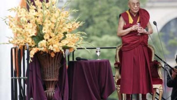 Wiesbaden zelebriert den Dalai Lama