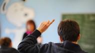 Streit über Bevorzugung guter Schüler