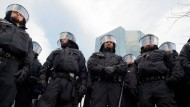 Mit hoher Wahrscheinlichkeit im Einsatz: Die Polizei rechnet mit Ausschreitungen bei der EZB-Eröffnung im März.