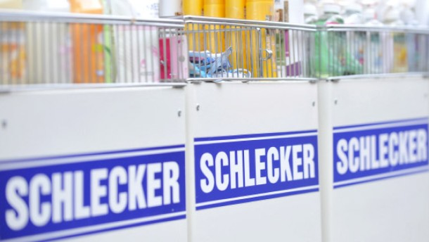 Schlecker zieht Abmahnung wegen WC-Gangs zurück