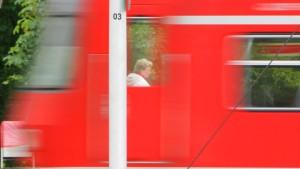 Schülerin verletzt sich beim S-Bahn-Surfen schwer