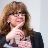 Fingerzeig: Gertrud Traud, Chefvolkswirtin der Landesbank Hessen-Thüringen, hat erstaunlich oft den Dax-Verlauf gut vorhergesagt
