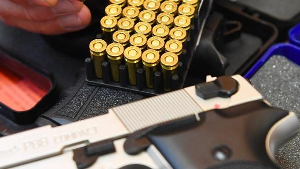 Schüsse in der Dunkelheit lösen Polizeieinsatz aus