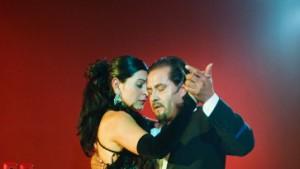 Tango, Rotwein und Asado um zwölf