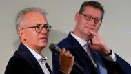 Abwarten: Ob Tarek Al-Wazir (links) mit seinen Grünen vor der SPD von Thorsten Schäfer-Gümbel (rechts) bleibt, wird sich weisen