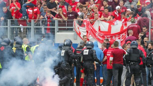 Offenbachs OB kritisiert Stadion-Ordner