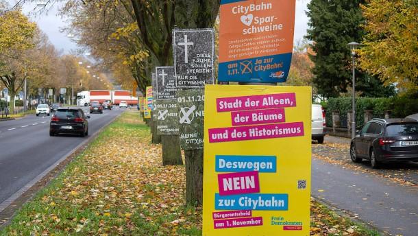 Wiesbadener entscheiden über die Citybahn
