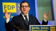 Nimmt die geplanten Proteste und Reden gegen den Wahlkampfauftakt der hessischen AfD aufs Korn: Hessen-FDP-Chef Stefan Ruppert