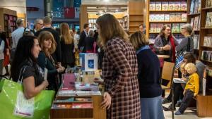 Buchmesse mit mehr als 300.000 Besuchern