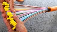 Lichtgeschwindigkeit: Glasfaserkabel ermöglichen hohe Raten der Datenübertragung.