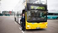 Hochstapler: Wenn sie sich als funktional erweisen, könnten mehr Doppeldeckerbusse in Frankfurt fahren. Dieser ist eine Berliner Leihgabe.