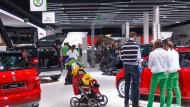 Familienbande: Škoda und Seat gehören zwar beide zu VW, verstehen sich aber als Konkurrenten.