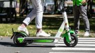 Aus dem Stadtbild nicht mehr wegzudenken: die Elektro-Scooter