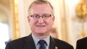 Staatssekretär Dippel verliert Doktortitel