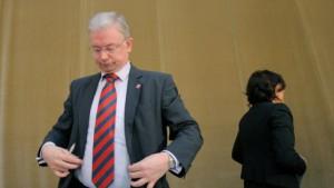 Roland Koch: Chef im Machtvakuum
