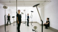 """Zutritt eingeschränkt: """"restricted sceneries#1"""", eine Performance von Edith Kollath und Raman Zaya im Atelierfrankfurt"""