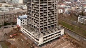 Der AfE-Turm auf dem Campus Bockenheim soll gesprengt werden