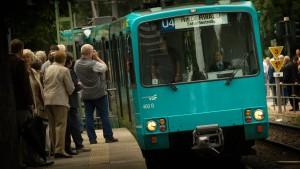 U-Bahn-Linie 4 nach Störung wieder in Betrieb