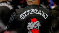 """Mehr als Boxer und Rocker: Mitglieder der """"Osmanen"""" zeigen sich nicht nur bei Boxveranstaltungen, sondern auch auf politischen Demonstrationen."""