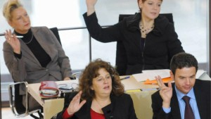 Walter kontert Parteistrafe - SPD terminiert Tesch-Verfahren