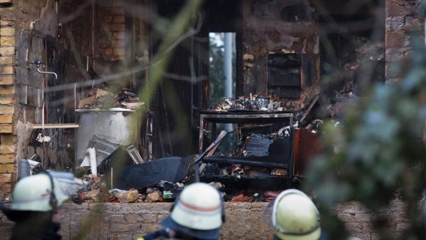 Zwei Jugendliche sterben bei Brand in Wiesbaden