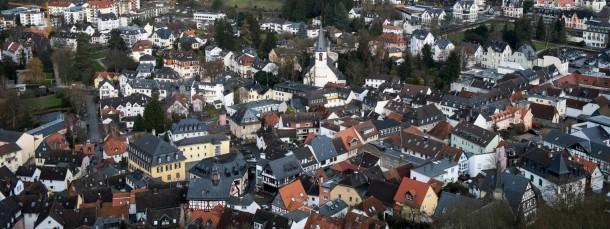 Premium-Lage: Nach dem Haushaltsentwurf soll sich die Grundsteuer in Königstein 2015 mehr als verdoppeln.
