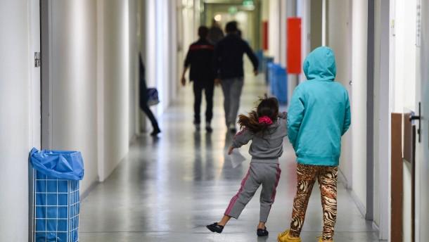 Gut 6200 Flüchtlinge haben Hessen wieder verlassen