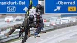 A7 wegen Protests von Umweltaktivisten in Nordhessen gesperrt