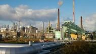 Blick über einen Teil des Industrieparks Höchst