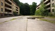 Gesichert: Das Housing genannte Gelände grenzt an das Areal des Flughafens Hahn im Hunsrück. Siegfried Englert hat es mit seiner ADC schon gekauft.