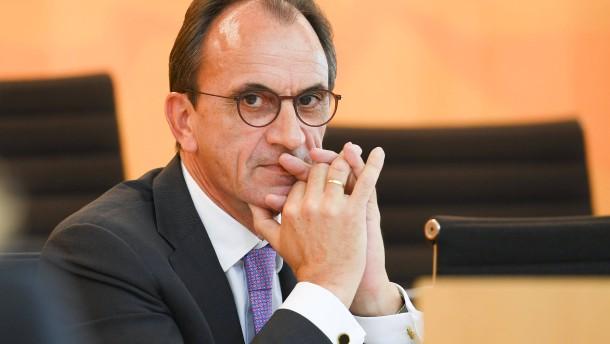 Boddenberg korrigiert Strategie der Regierung Koch