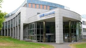 European Business School - Steht die private Hochschule in Wiesbaden vor der Pleite?