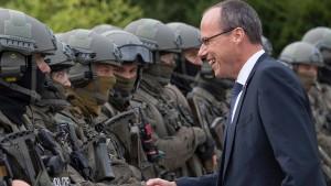 Aufrüsten im Kampf gegen Extremismus und Terror