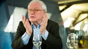 Fluglärmgegner streiten mit Rheingau-Musik-Festival