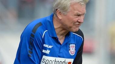 Zittern abgeschafft: Benno Möhlmann will mehr vom FSV Frankfurt.