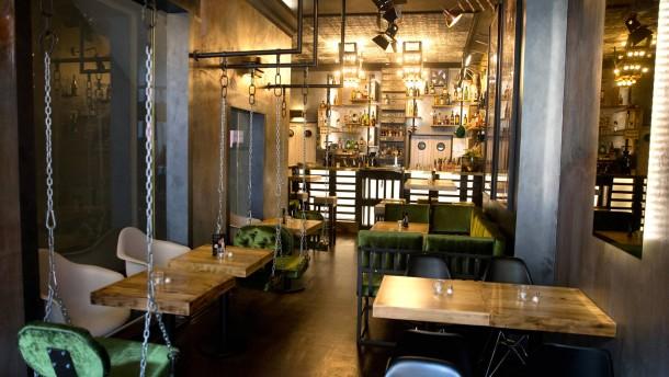 good fellas frankfurt cheesesteak im lagerhaus. Black Bedroom Furniture Sets. Home Design Ideas