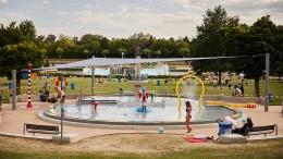 Freier Eintritt für Kinder in allen Frankfurter Schwimmbädern