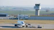 Kapazitäten frei: Flughafen Kassel-Calden