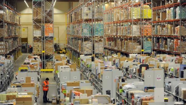 Online-Weihnachtsgeschäft - Amazon Bad Hersfeld