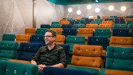 Eröffnet neue Welten: Kinobetreiber Christopher Bausch vom Kino Harmonie in Frankfurt