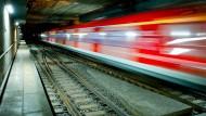 Unter Frankfurts City rauschen wieder die Bahnen